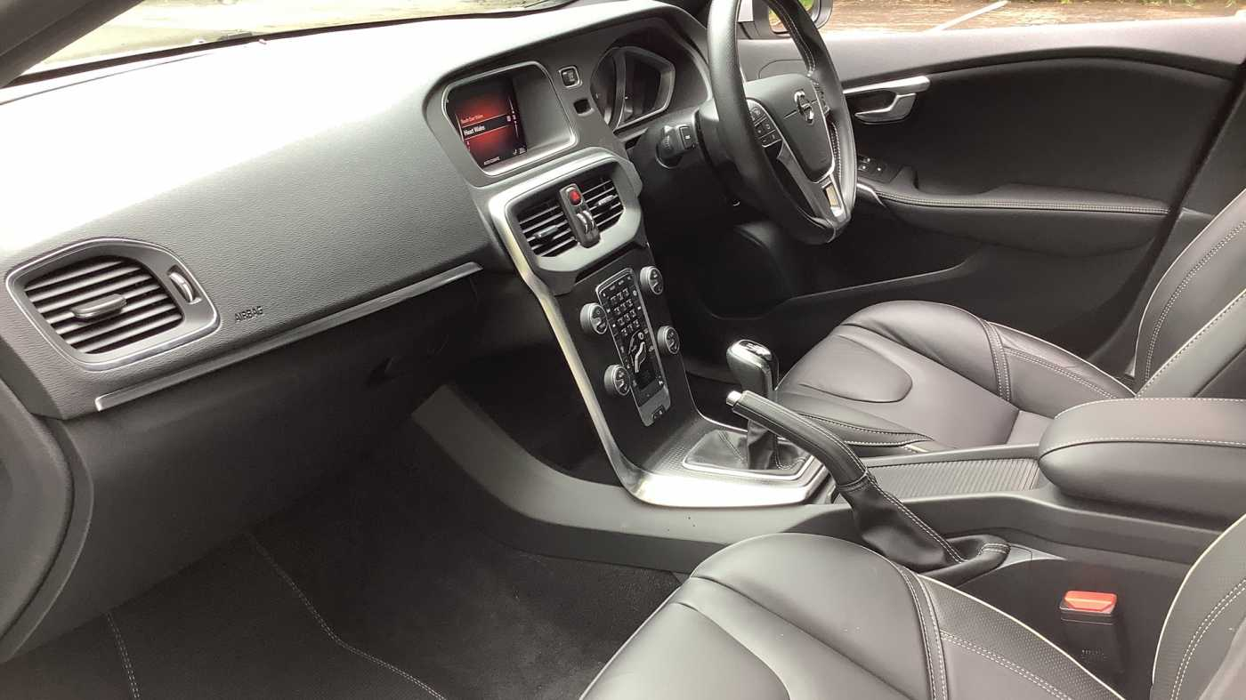 Volvo V40 D2 R Design Pro Manual Winter Pack Leather Interior Used Vehicle By Keith Price Garages Limited Abergavenny